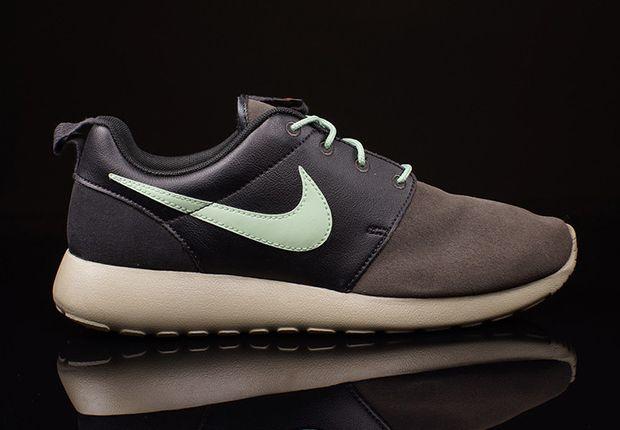 Nike Roshe Run Premium Midnight Fog Emerald Green 2