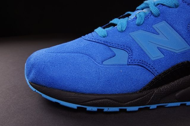 Shoe Gallery New Balance 580 Bump 1