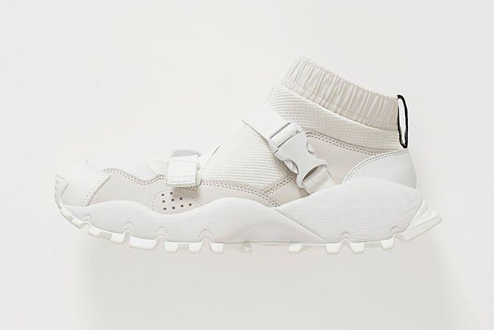 Hyke Adidas Seeulater White 1