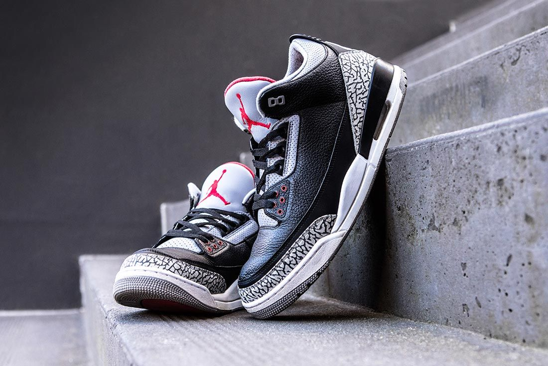 Air Jordan 3 Black Cement Side Toe Box Shot