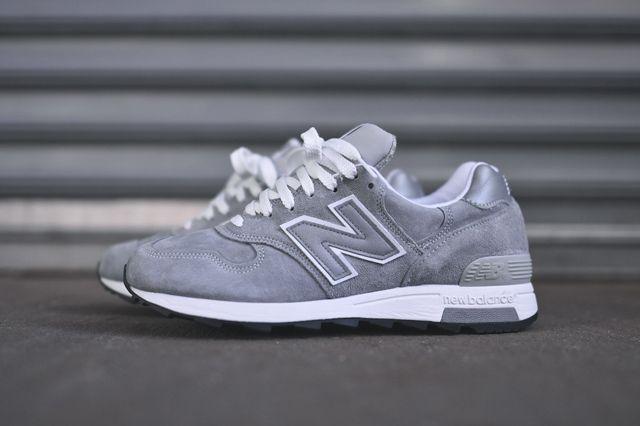 New Balance 1400 Grey Silver 1