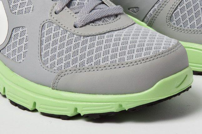 Nike Wmns Lunar Forever Grey Fair Grn 3 1