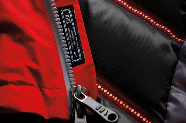 Nike Snowboarding Aeroloft Kampai Jacket 4