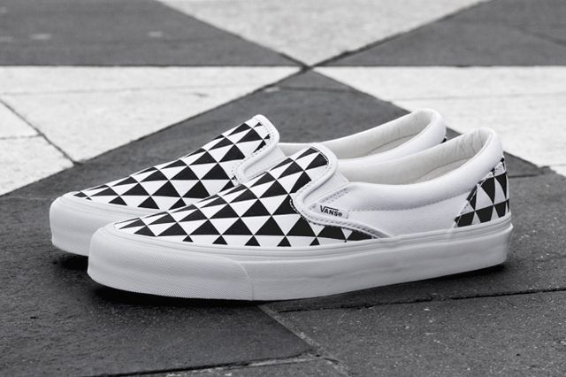 Sneakersnstuff X Vault By Vans Og Classic Slip On Lx Stockholm 2