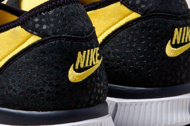 Nike Free Sockracer Yel Heel Detail 1