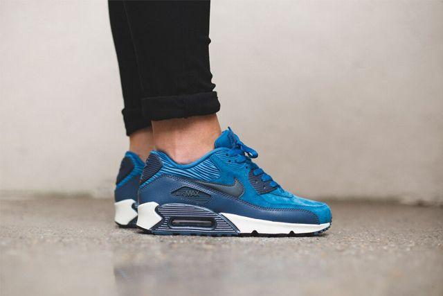 Nike Am90 Blue 3