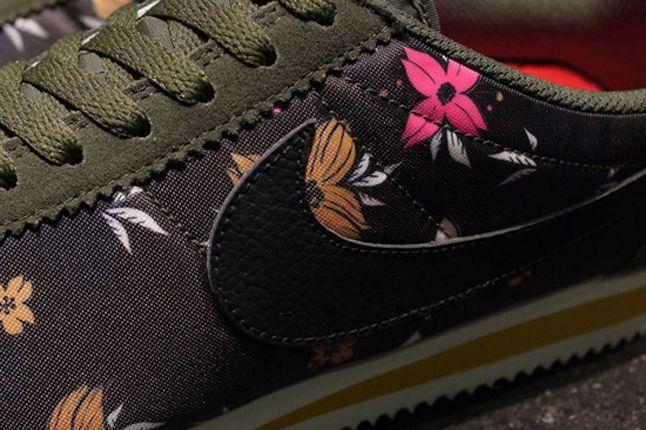 Nike Classic Cortez Nylon Qs Aloha Pack Black Detail 1
