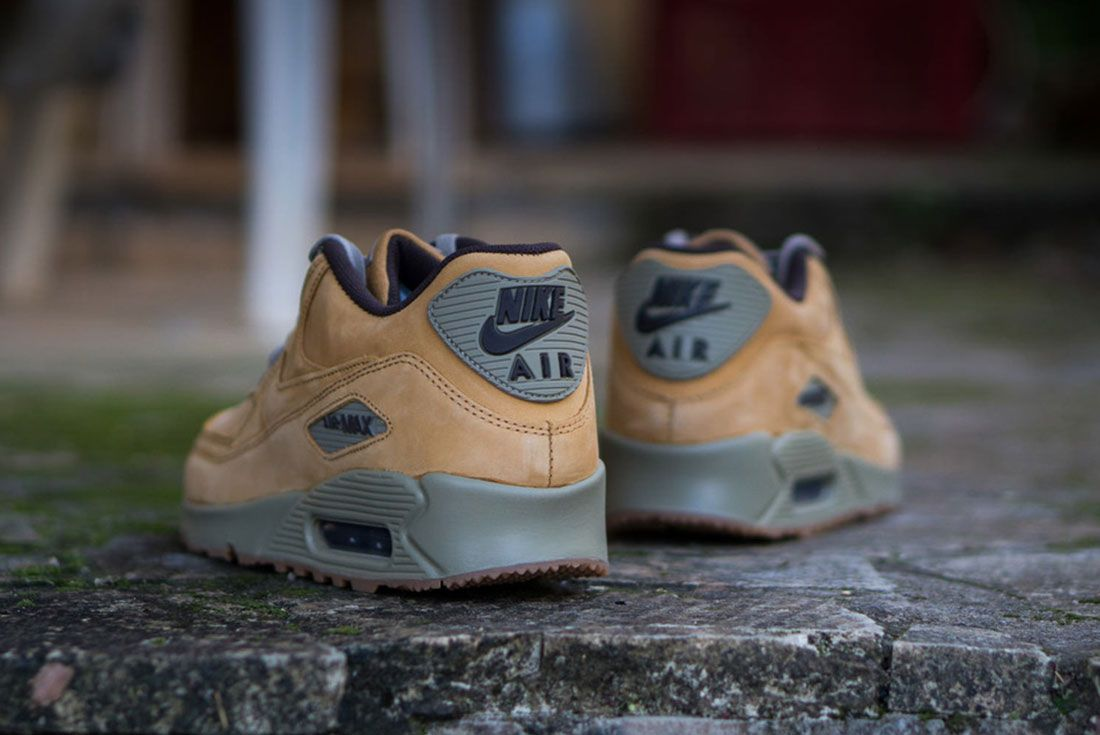 Nike Air Max 90 Winter Premium 2