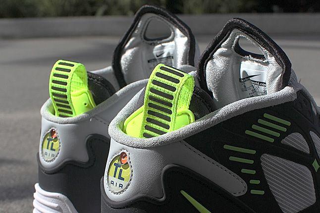 Nike Air Max Pillar 02 1