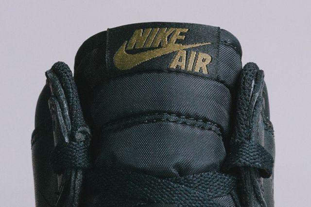 Air Jordan 1 5 The Return6