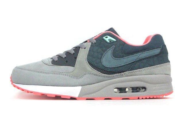 Mita Sneakers Nike Air Max Light Qs 3