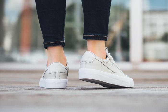 Nike Blazer Low Studio On Foot 11