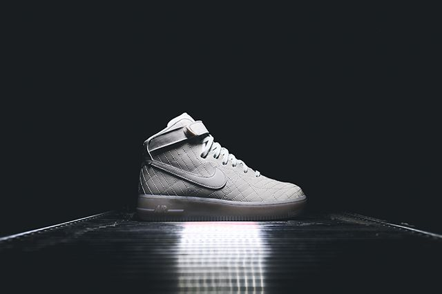 Nike Wmns Air Force 1 City Pack 10