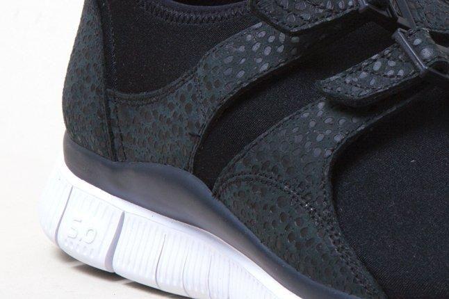 Nike Free Sockracer Blk Side Details 1