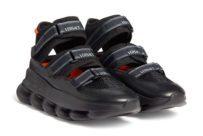 Versace Chain Reaction Sandals Toe