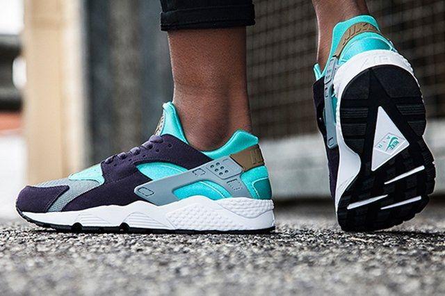 Nike Womens Air Huarache Purple Aqua 1