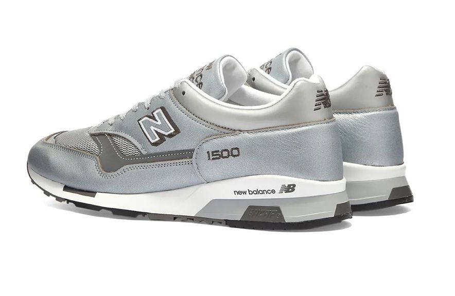 New Balance 1500 Metallic Silver Heel