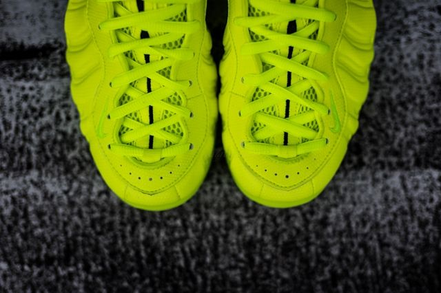 Nike Foamposite Pro Volt 5
