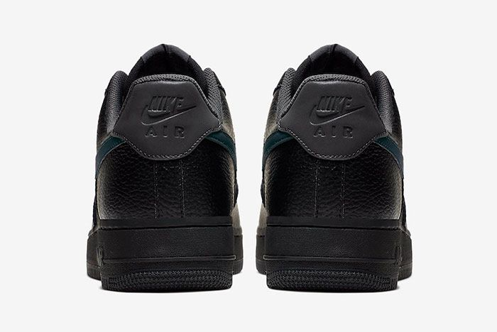 Nike Air Force 1 Low Black Anthracite Heel