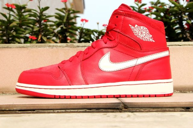 Air Jordan 1 High Og Gym Red 4