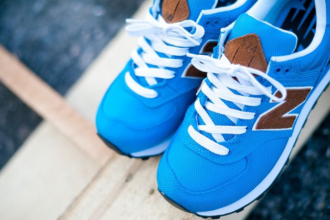 New Balance Women 574 Backpack Edition Blue Top View 1