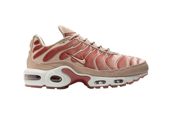 4 Air Max Plus Tn Meat Sneaker Freaker