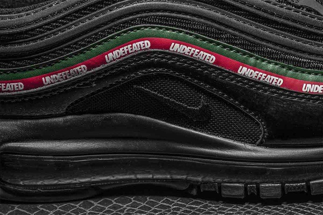 Undefeated X Nike Air Max 975