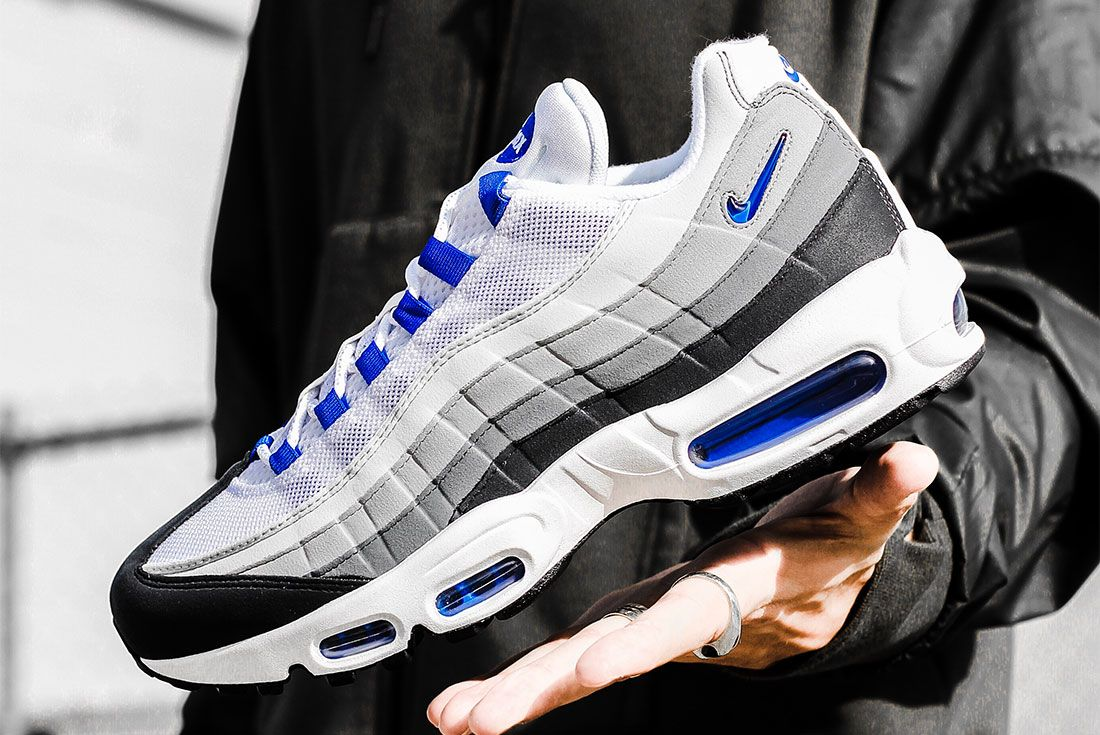 Nike Air Max 95 Grey Blue Left 3