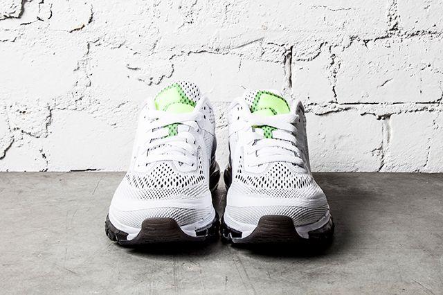 Nike Air Max 2014 Black White 2