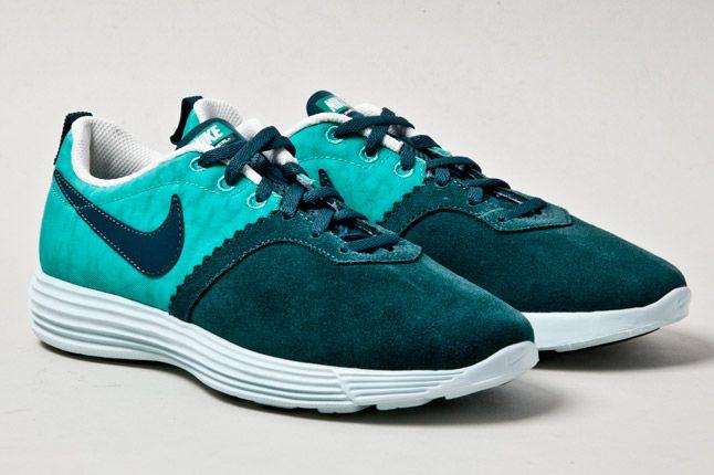 Nike Lunarmtrl Teal Pair 1