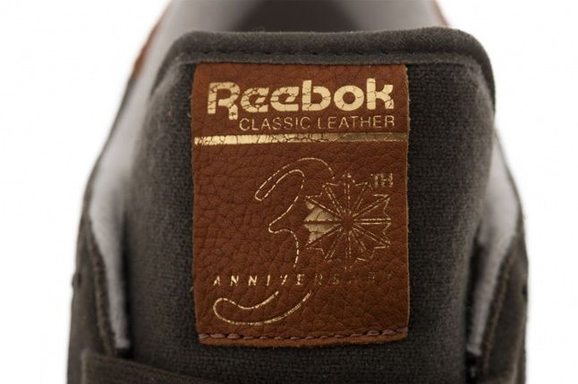 Reebok Classic Leather Suede Grey Tongue Detail 1