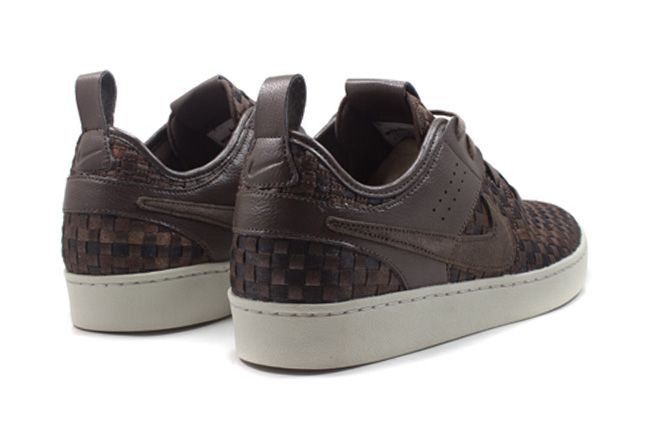 Nike Nsw Courtside Woven Track Brown Quater Back 1