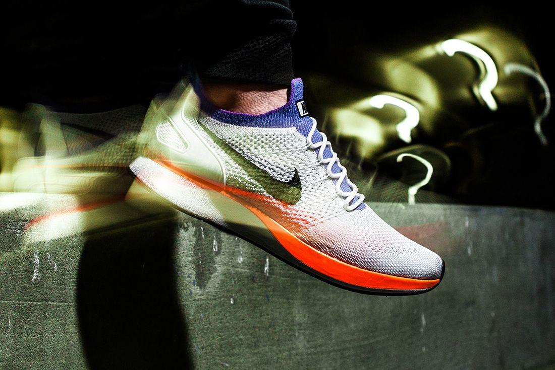 Nike Mariah 4061