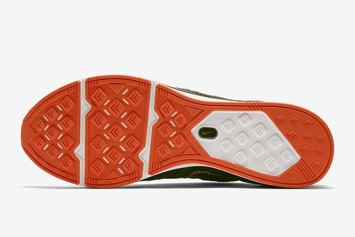 Nike Flyknit Trainer Ah8396 202 3