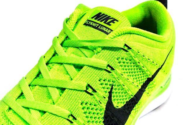 Nike Lunar Flyknit Green Tongue Detail 1