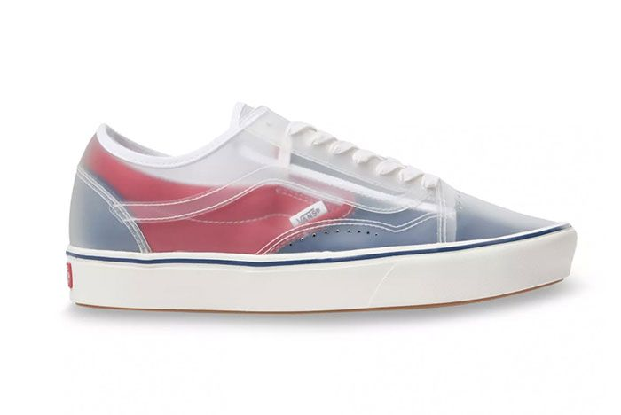 Vans Slip Skool Checkerboard Canvas Slip On Old Skool Hybrid Navy Red Lateral Side Shot