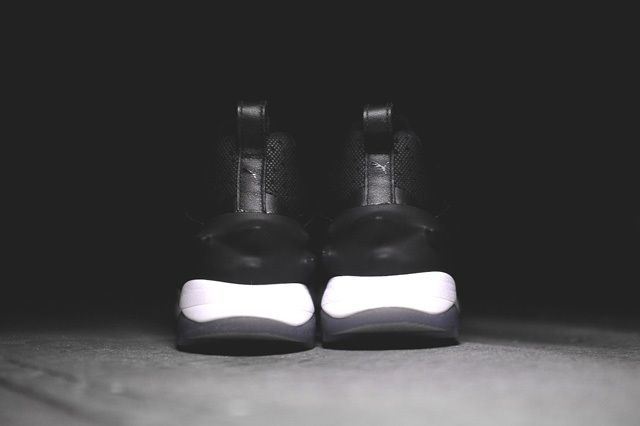 Puma Blaze Swift Tech Black White 5