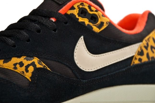 Nike Womens Air Max 1 Leopard Pack Side 2