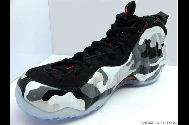 Nike Air Foamposite One Camo Jet Fighter Quater 1