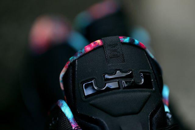 Nike Lebron 11 Low Black Gum 5