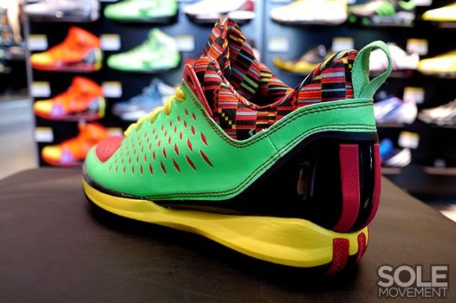 Adidas Rose 3 Low Tribal Heel Profile 1