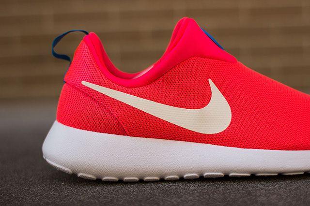 Nike Roshe Run Slip On Laser Crimson 1