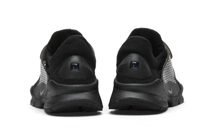 Nike Sock Dart Black 6