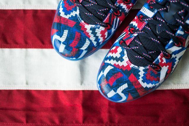 Nike Kobe 9 Em Independence Day 2