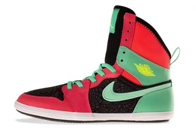 Air Jordan 1 Skinny High Atomic Red 4