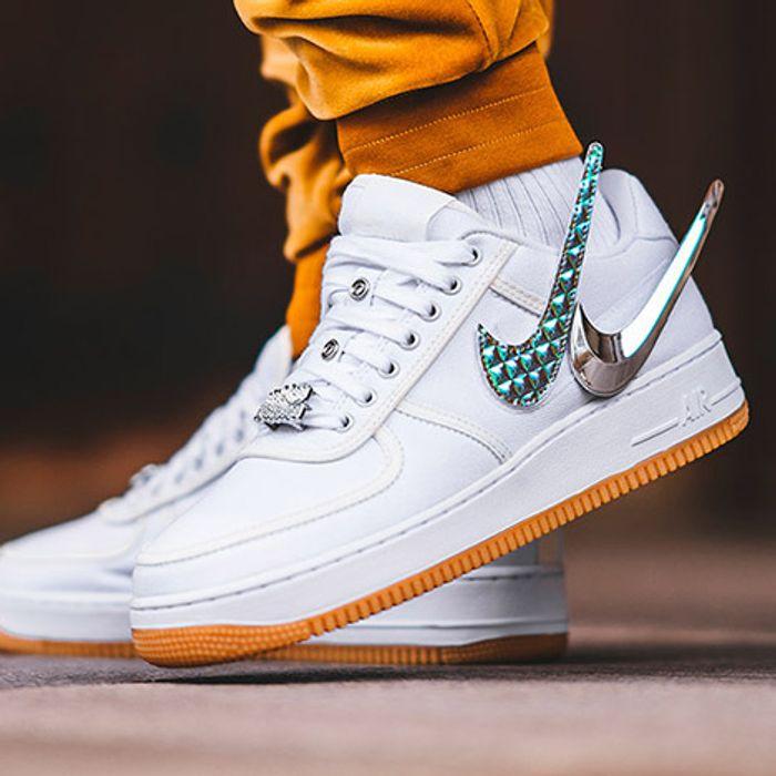 Travis Scott S Air Force 1 On Foot Sneaker Freaker