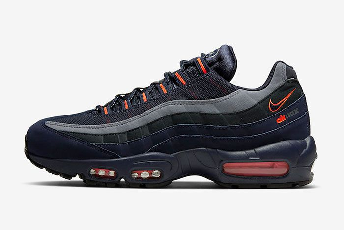 Nike Air Max 95 Cw7477 400 Lateral Side Shot