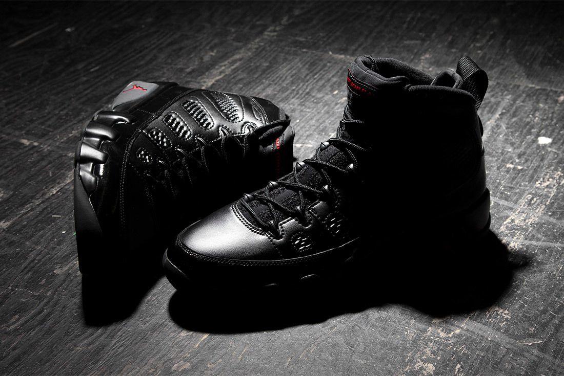 Air Jordan 9 Bred Black University Red 4