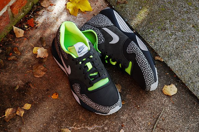 Nike Lunar Terra Safari Black Volt 6