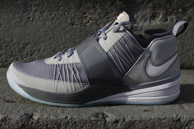 Nike Zoom Revis Wolf Grey Side Profile 1